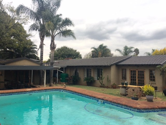 Property and Houses for sale in Doringkloof, House, 4 Bedrooms - ZAR 2,285,000