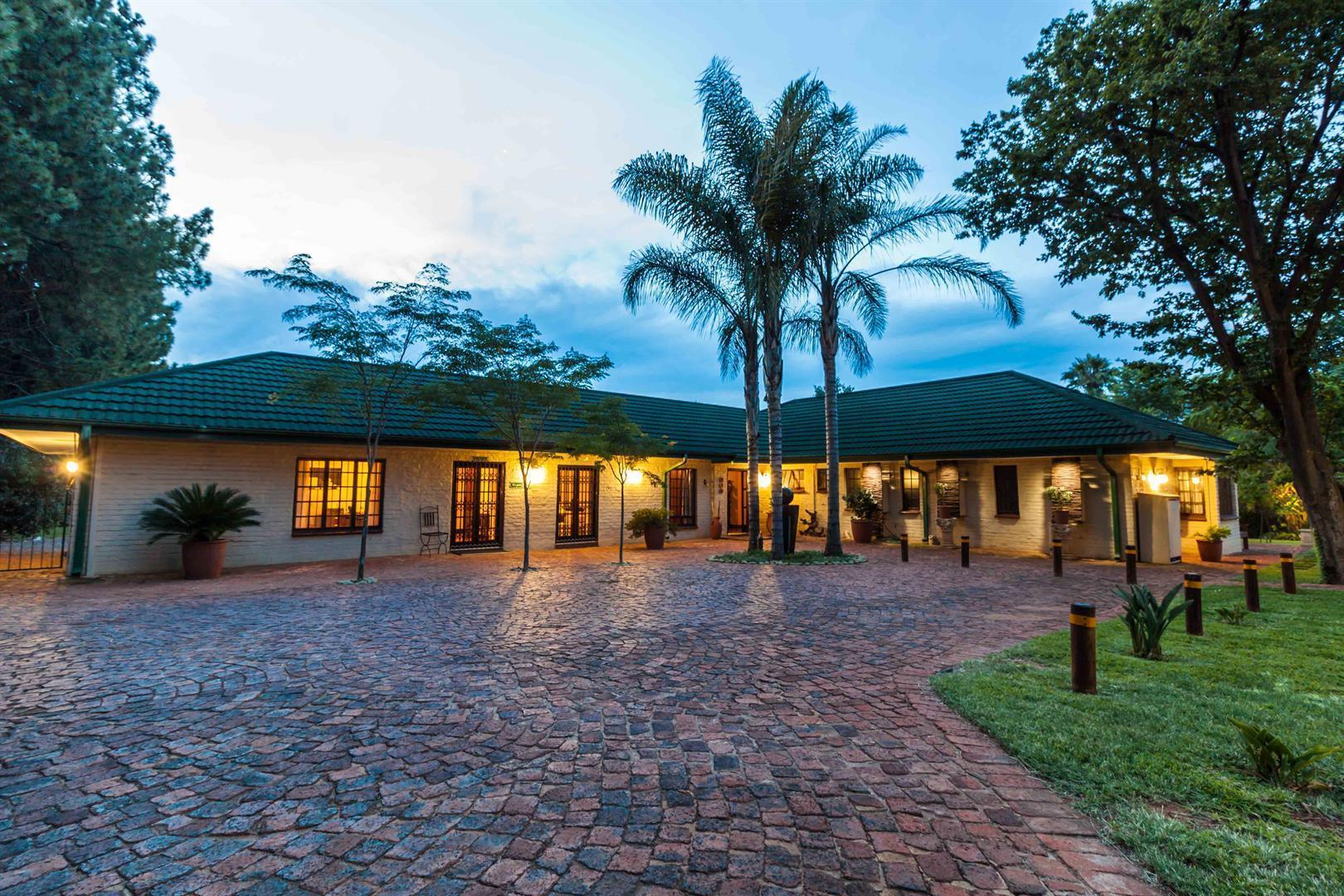Centurion, Clubview Property    Houses For Sale Clubview, Clubview, Commercial 6 bedrooms property for sale Price:6,000,000