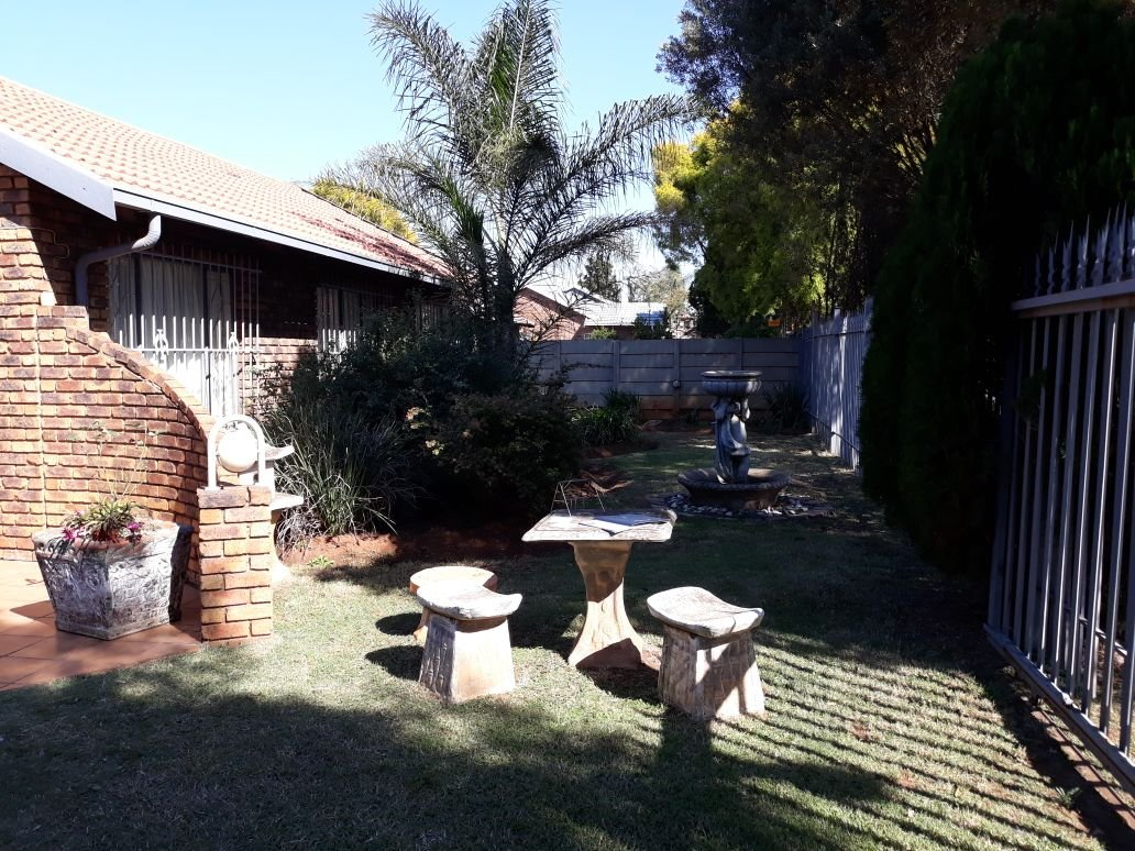 Property and Houses for sale in Mayberry Park, House, 3 Bedrooms - ZAR 1,195,000