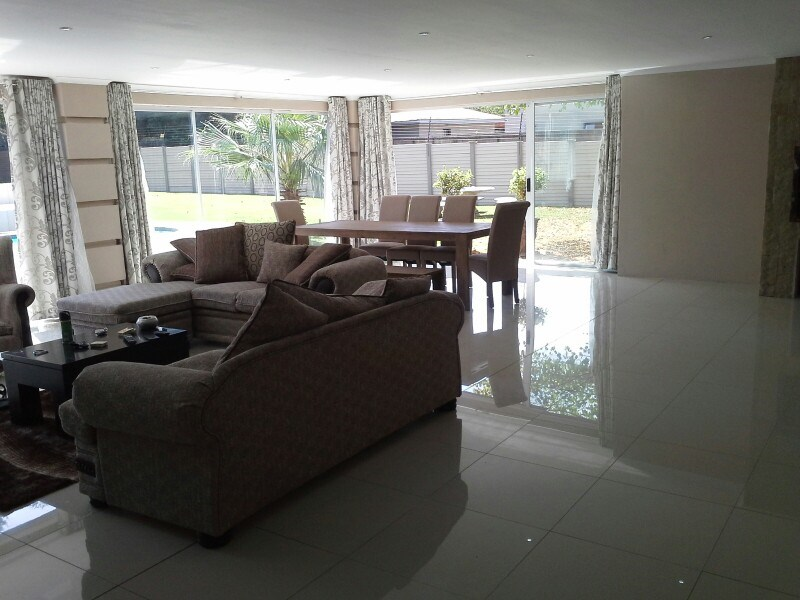 Three Rivers Proper property for sale. Ref No: 13368904. Picture no 16