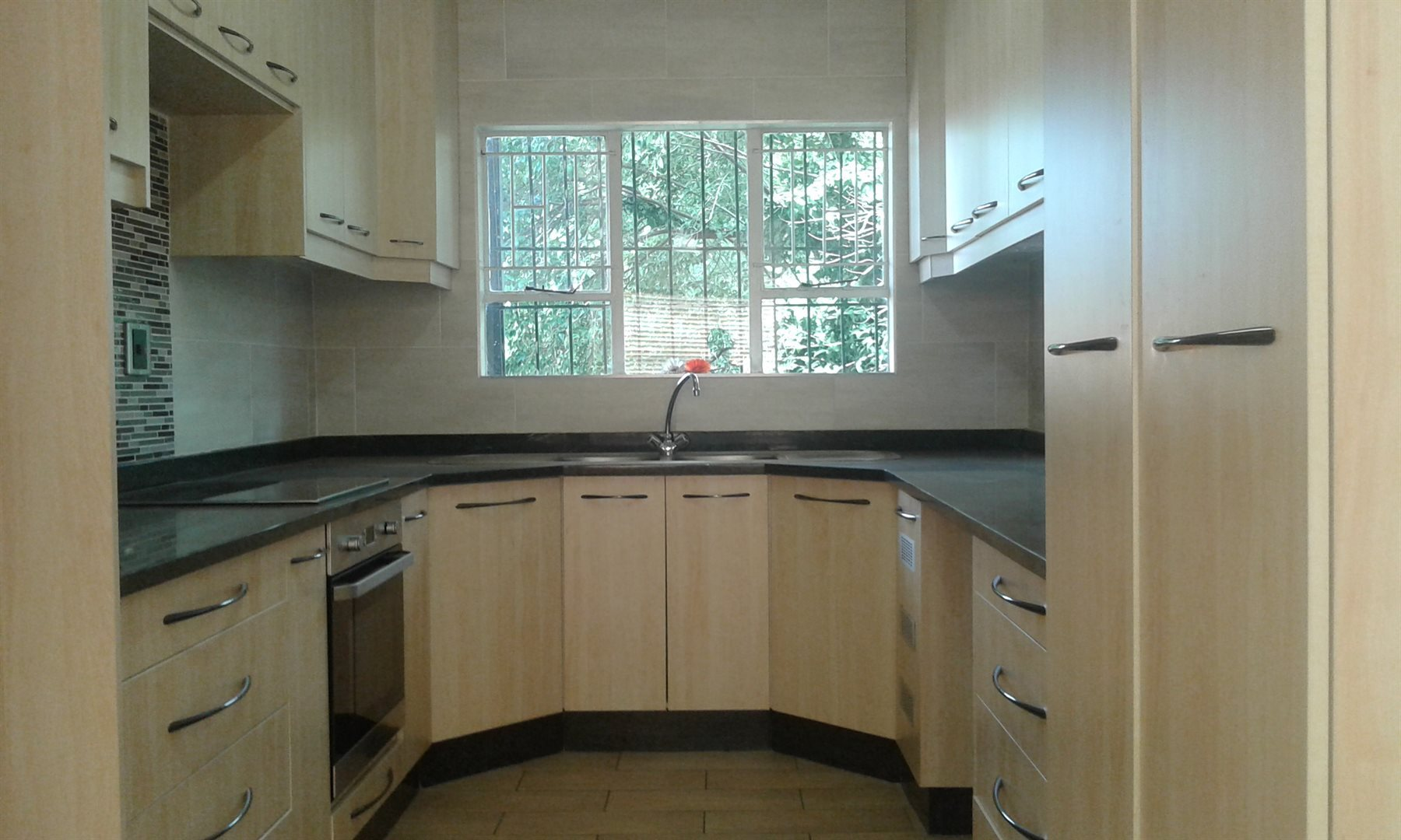 Randburg, Risidale Property    Houses For Sale Risidale, Risidale, Apartment 3 bedrooms property for sale Price:1,299,000