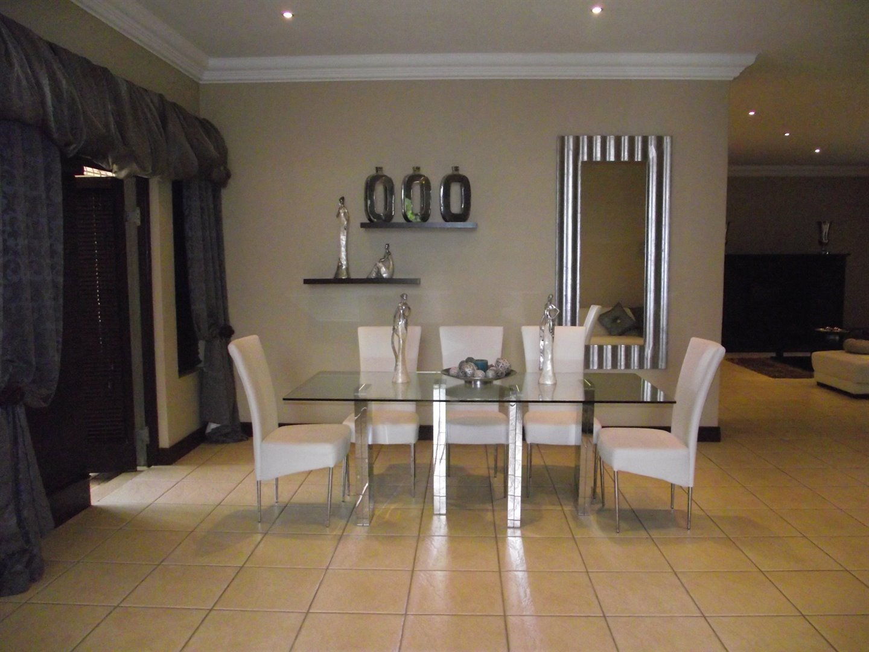 Midstream Estate property for sale. Ref No: 13477549. Picture no 5