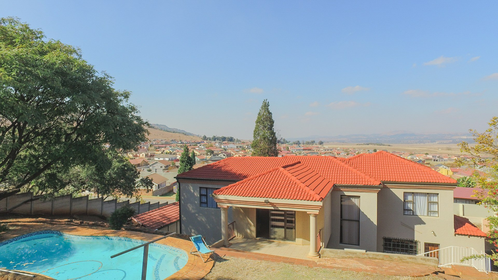 Johannesburg, Naturena Property  | Houses For Sale Naturena, Naturena, House 4 bedrooms property for sale Price:1,900,000