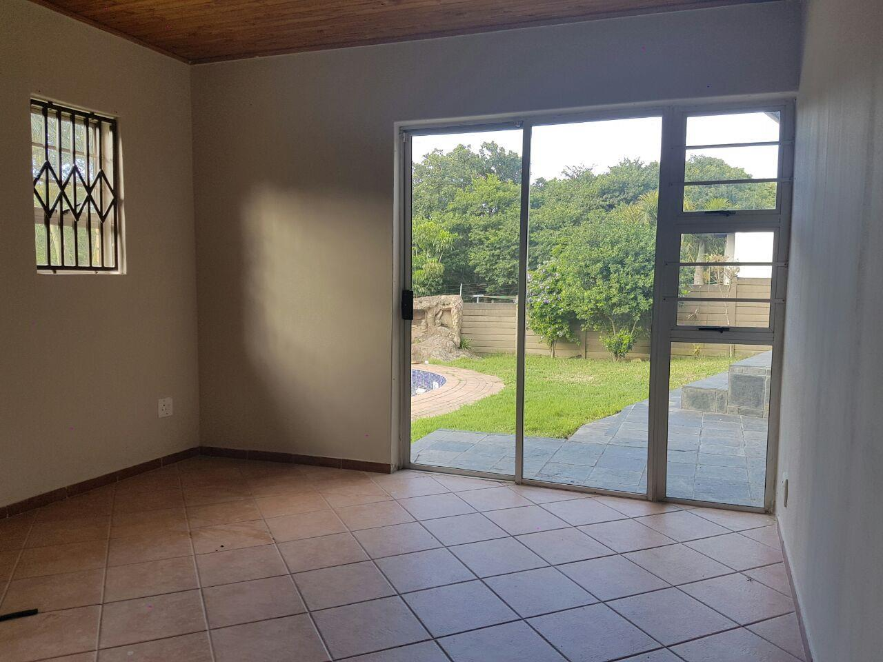 Birdswood property to rent. Ref No: 13441054. Picture no 7