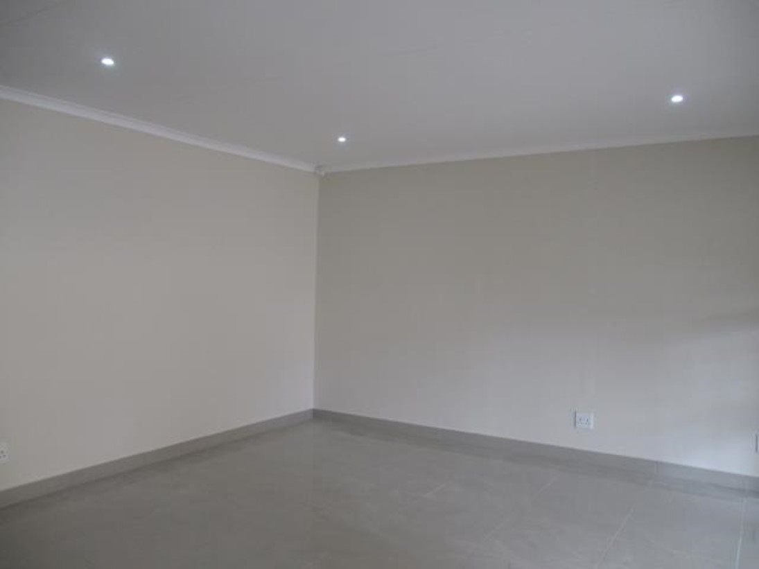 Pennington property to rent. Ref No: 13546587. Picture no 4