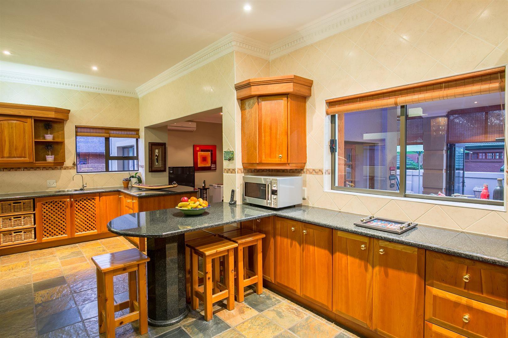 Eldopark property for sale. Ref No: 13493955. Picture no 18