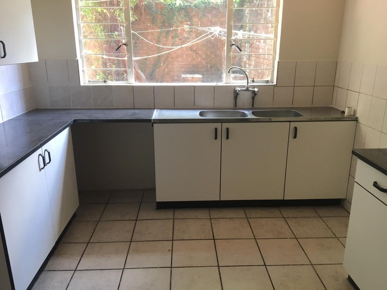 Property and Houses to rent in Gauteng, Apartment - ZAR ,  6,00*,M