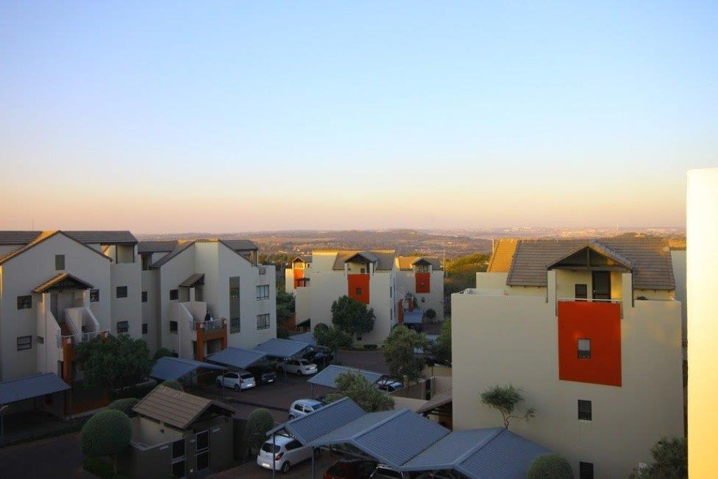 Lonehill property to rent. Ref No: 13400422. Picture no 11