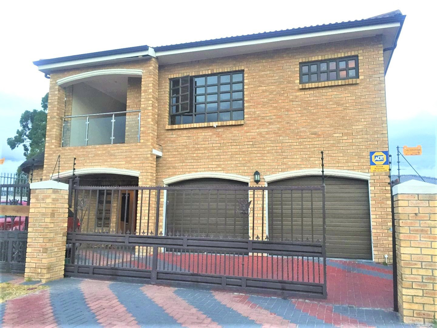 Property and Houses for sale in Vredelust, House, 8 Bedrooms - ZAR 2,600,000