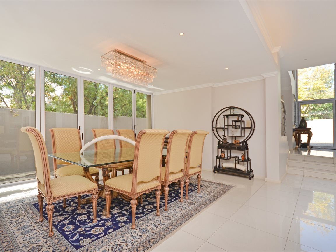 Morningside property for sale. Ref No: 13336984. Picture no 7