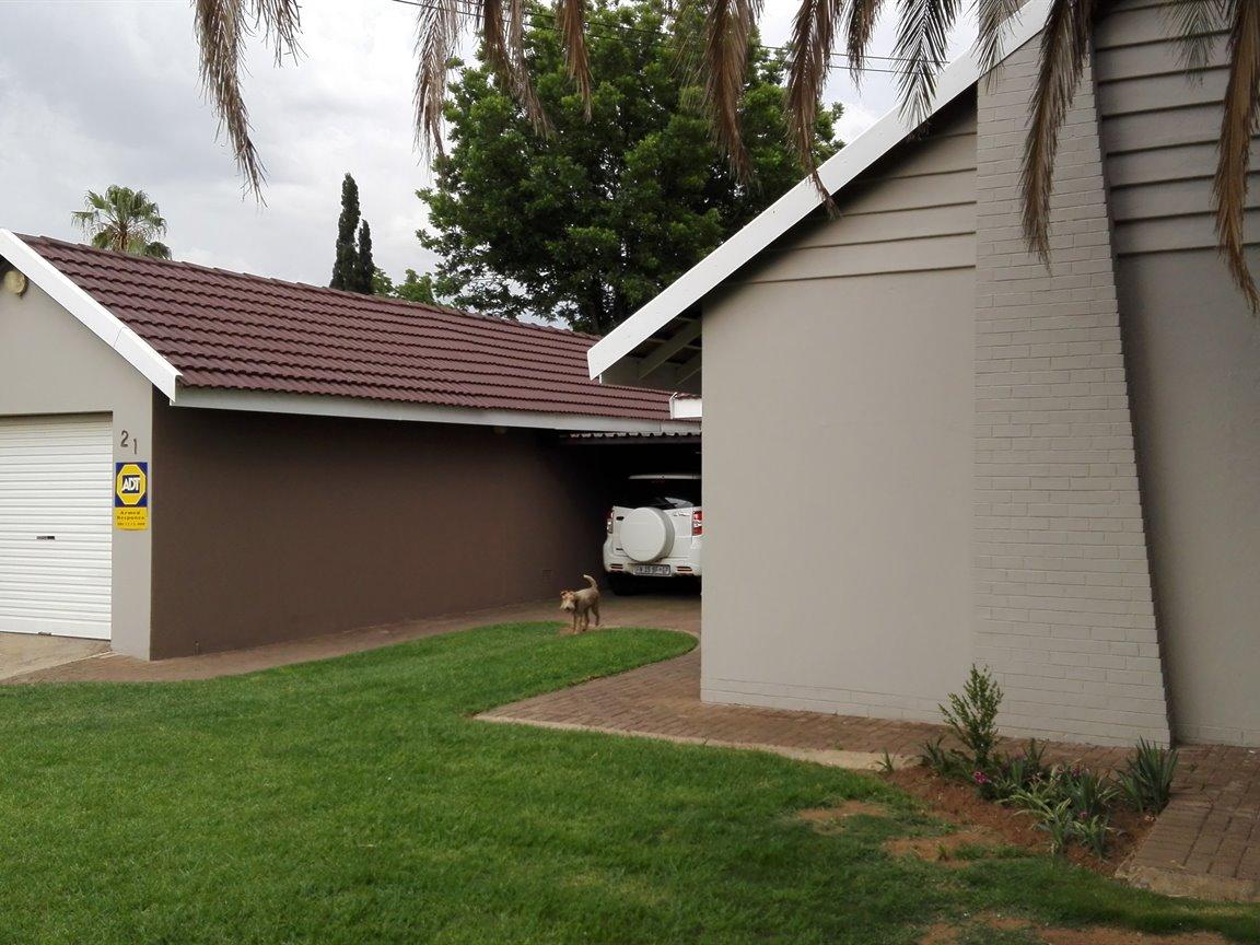 Risiville property for sale. Ref No: 13418894. Picture no 13