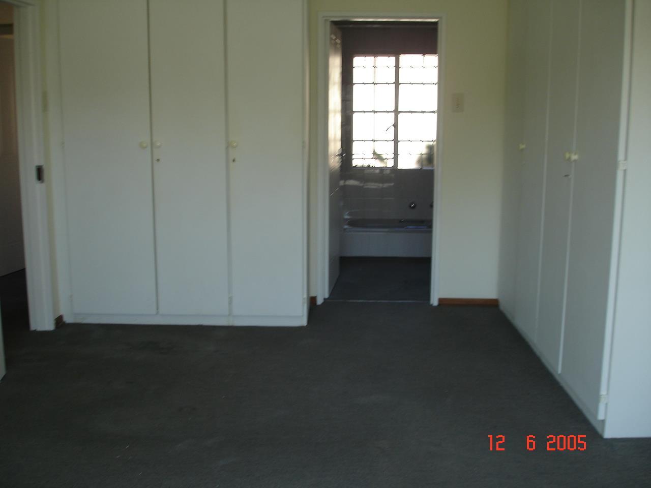 Glenvista property for sale. Ref No: 13525347. Picture no 17