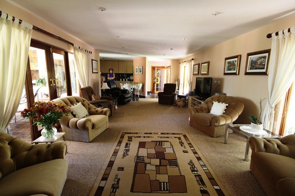 Risiville property for sale. Ref No: 12729469. Picture no 23