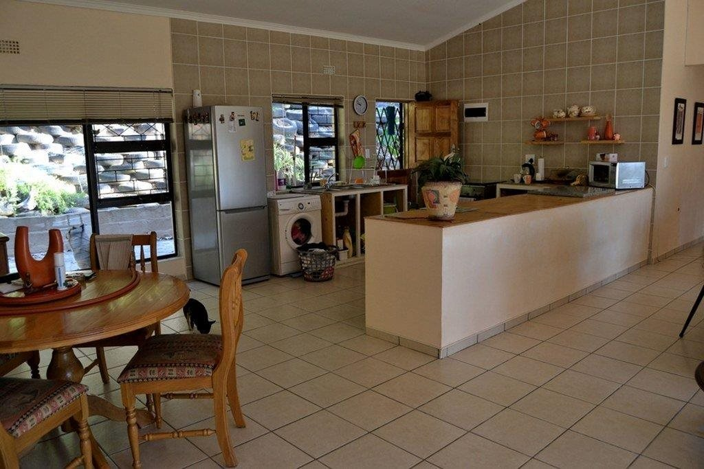 Hibberdene for sale property. Ref No: 13231211. Picture no 26