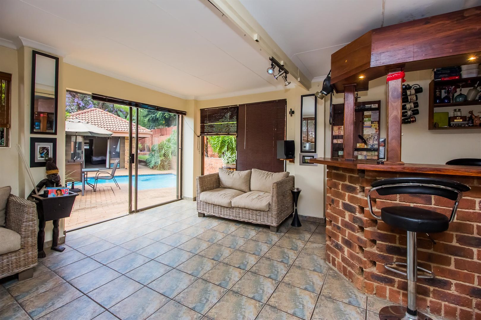 Waterkloof Heights property for sale. Ref No: 13538019. Picture no 20