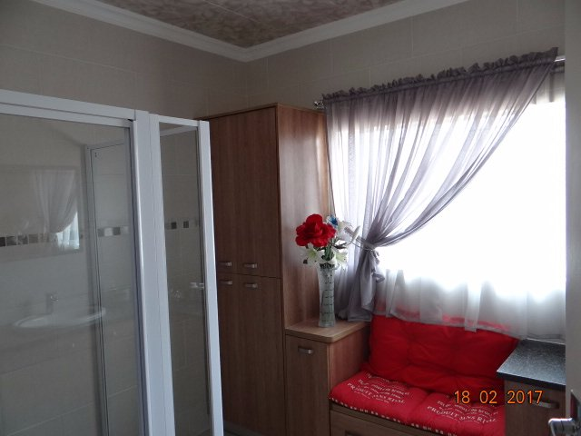 Helikonpark property for sale. Ref No: 13559429. Picture no 42