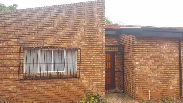 Pretoria, Elarduspark Property  | Houses For Sale Elarduspark, Elarduspark, House 3 bedrooms property for sale Price:1,365,000