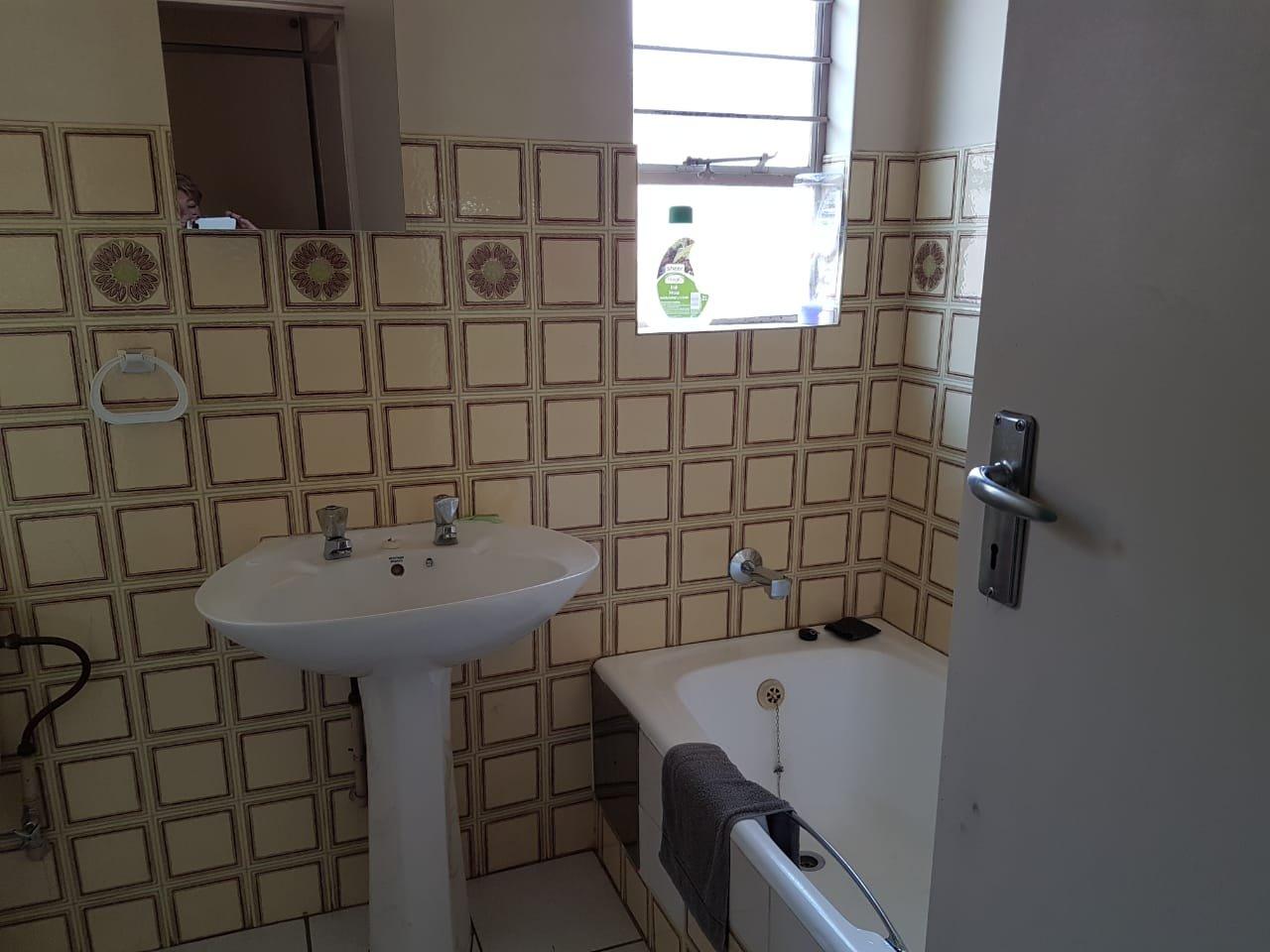 Eldoraigne property for sale. Ref No: 13623334. Picture no 14