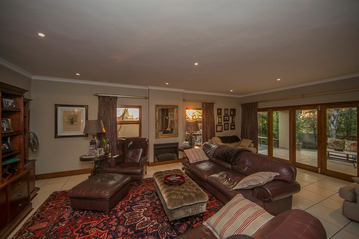 Fourways property for sale. Ref No: 13401727. Picture no 6