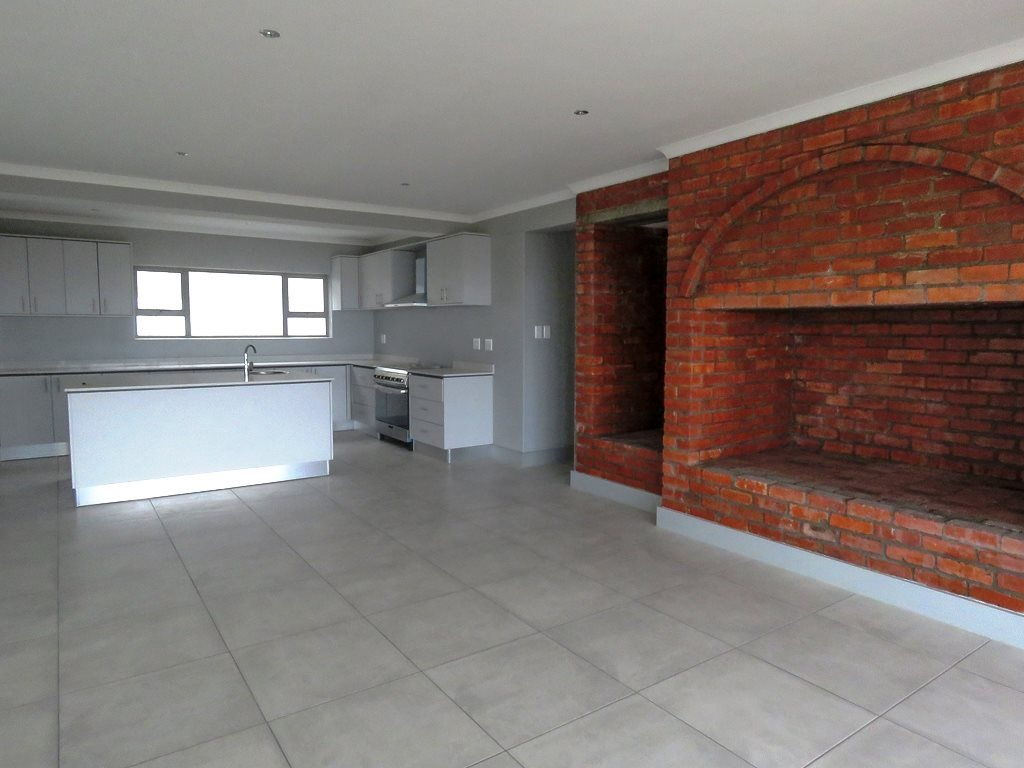 Yzerfontein property for sale. Ref No: 13538718. Picture no 9