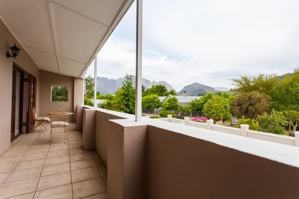Franschhoek property for sale. Ref No: 12729989. Picture no 16