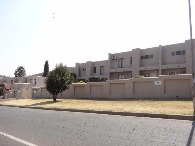 Johannesburg, Bassonia Property  | Houses For Sale Bassonia - Page 3, Bassonia, Townhouse 2 bedrooms property for sale Price:895,000
