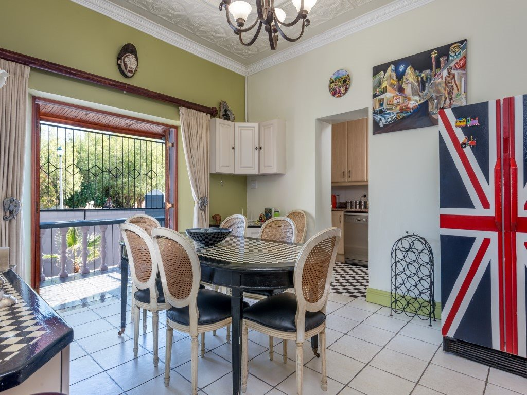 Franschhoek property for sale. Ref No: 13327931. Picture no 4