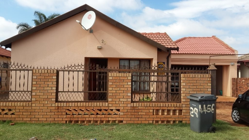 The Orchards property to rent. Ref No: 13571412. Picture no 1