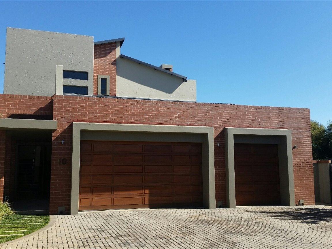 Midlands Estate property for sale. Ref No: 13368159. Picture no 19