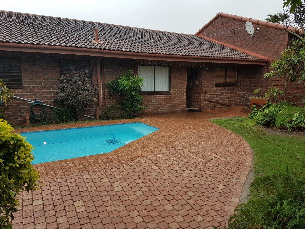 Scottburgh, Scottburgh South Property  | Houses To Rent Scottburgh South, Scottburgh South, Townhouse 3 bedrooms property to rent Price:,  8,00*