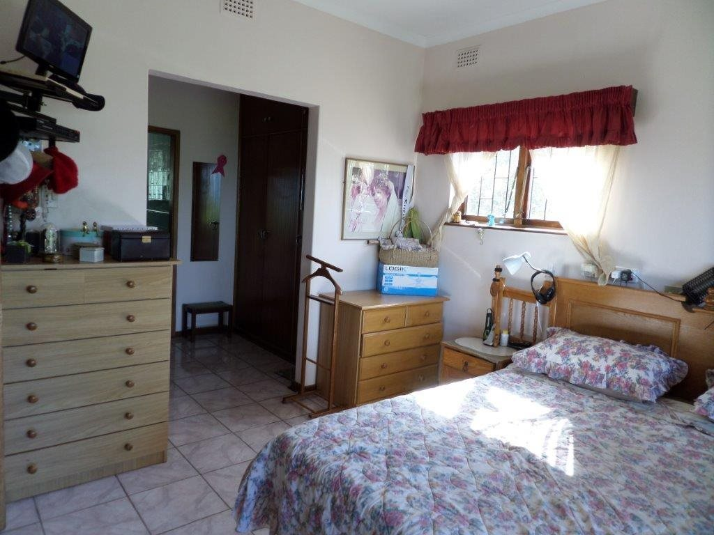 Southport property for sale. Ref No: 12756456. Picture no 16