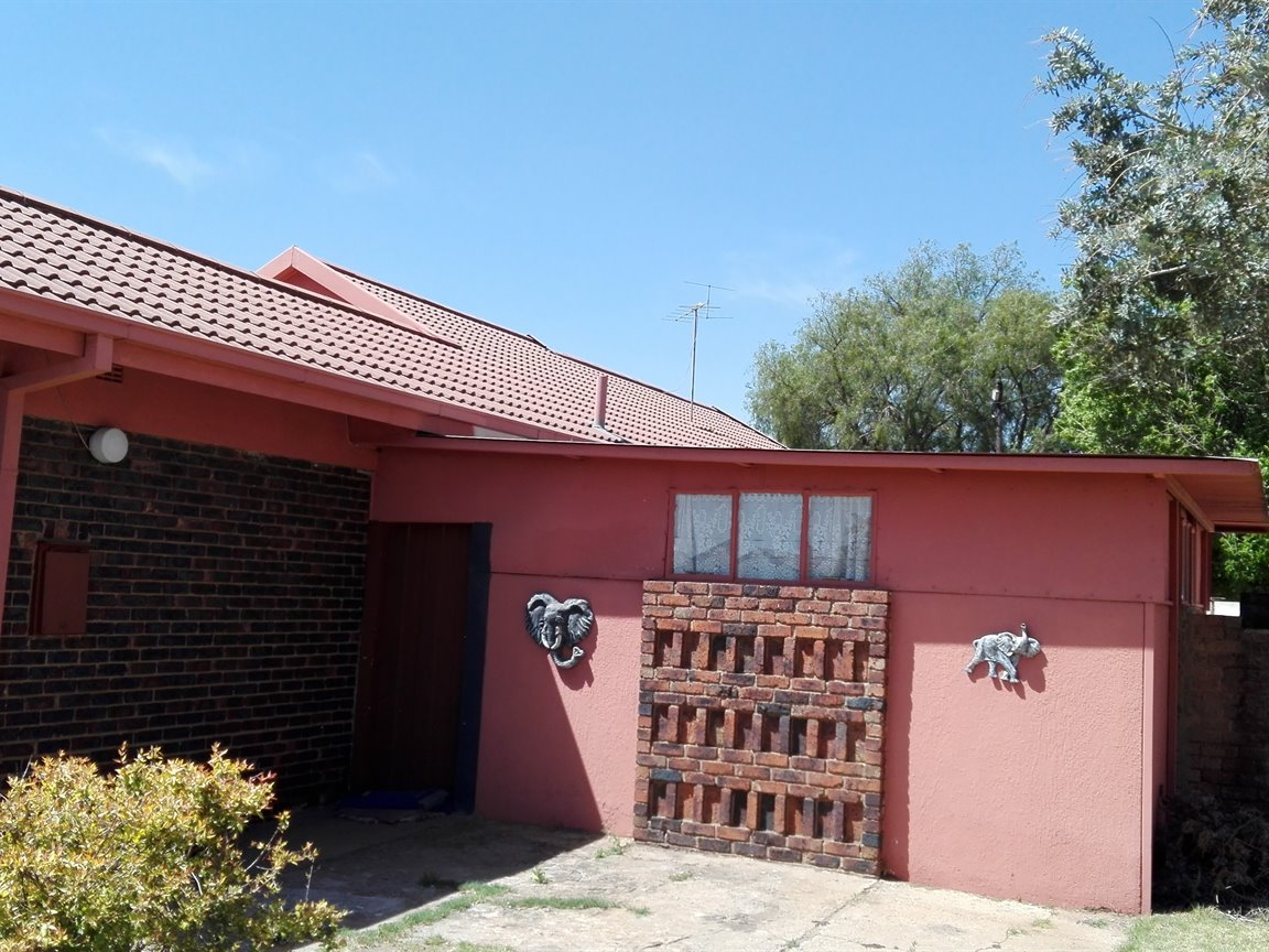 Riversdale property for sale. Ref No: 13397850. Picture no 15