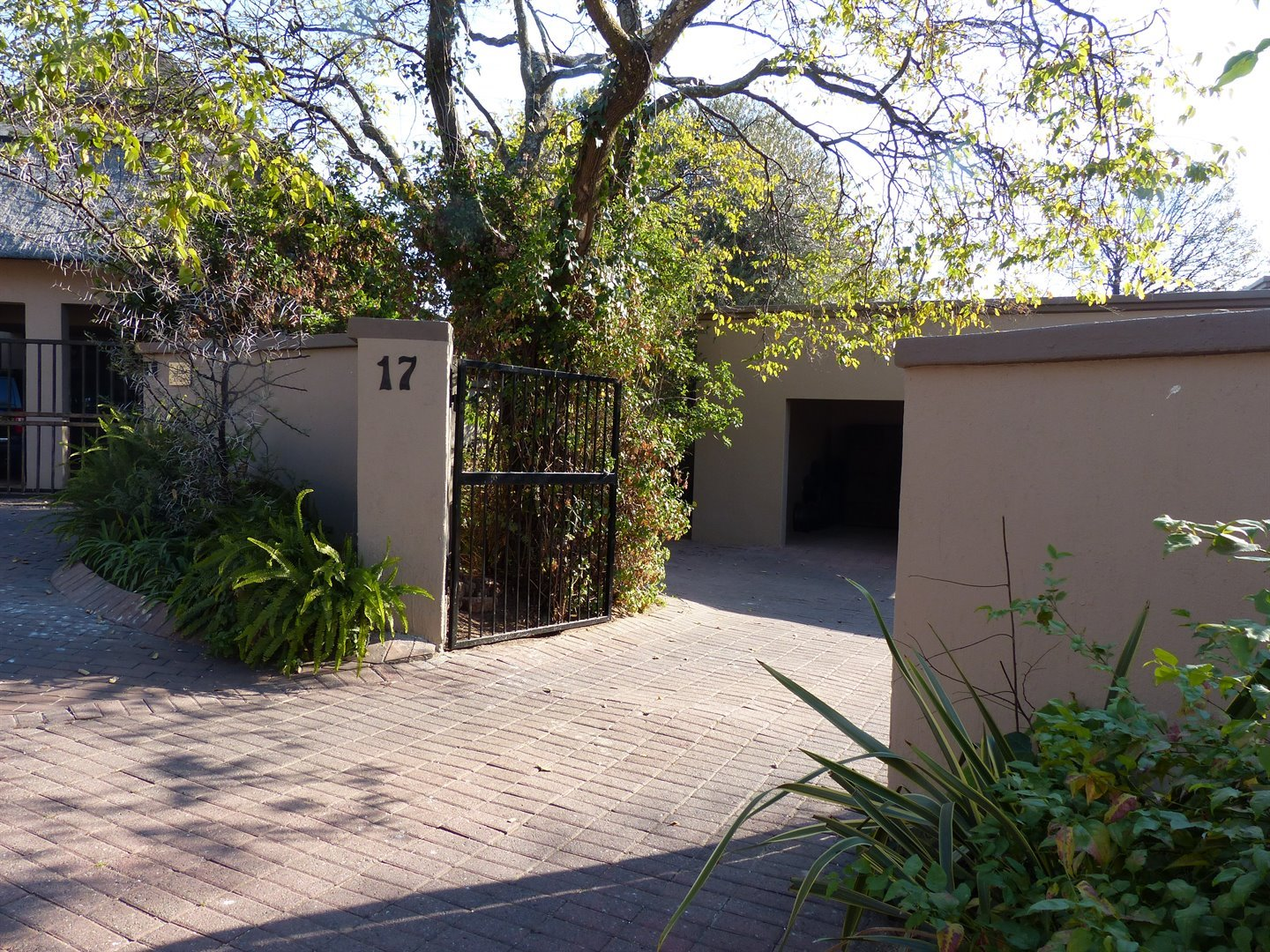 Lonehill property for sale. Ref No: 13510828. Picture no 20