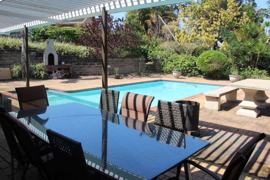 Uvongo property for sale. Ref No: 13529548. Picture no 8