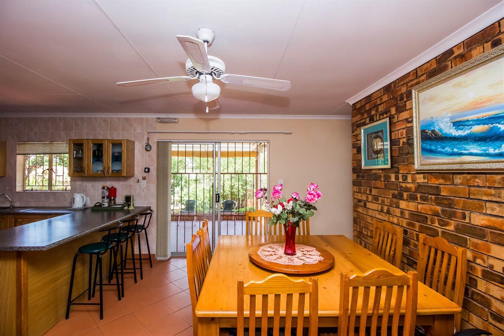 Elarduspark property for sale. Ref No: 13553870. Picture no 5