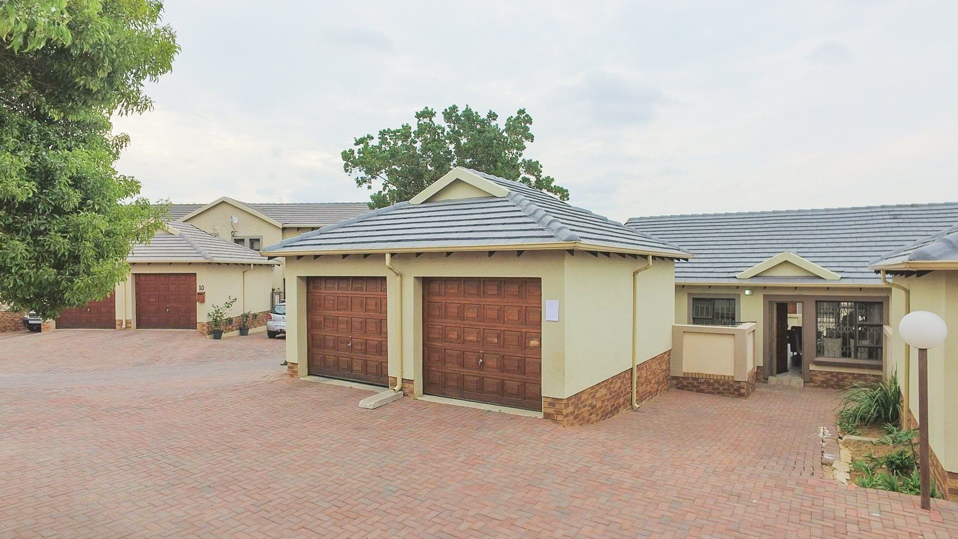 Centurion, Valley View Estate Property  | Houses For Sale Valley View Estate, Valley View Estate, Townhouse 3 bedrooms property for sale Price:1,295,000