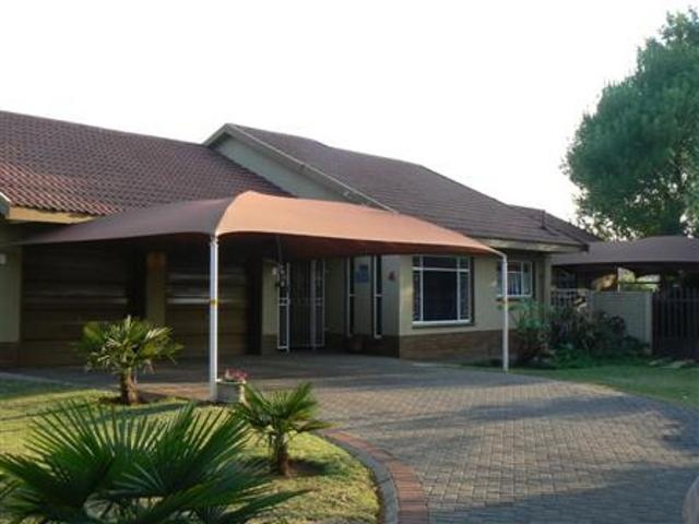 Vereeniging, Sonlandpark Property  | Houses For Sale Sonlandpark, Sonlandpark, House 4 bedrooms property for sale Price:1,100,000