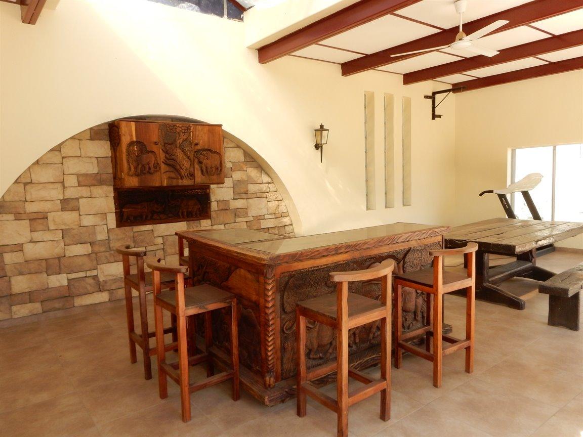 Bryanston property for sale. Ref No: 13346431. Picture no 7