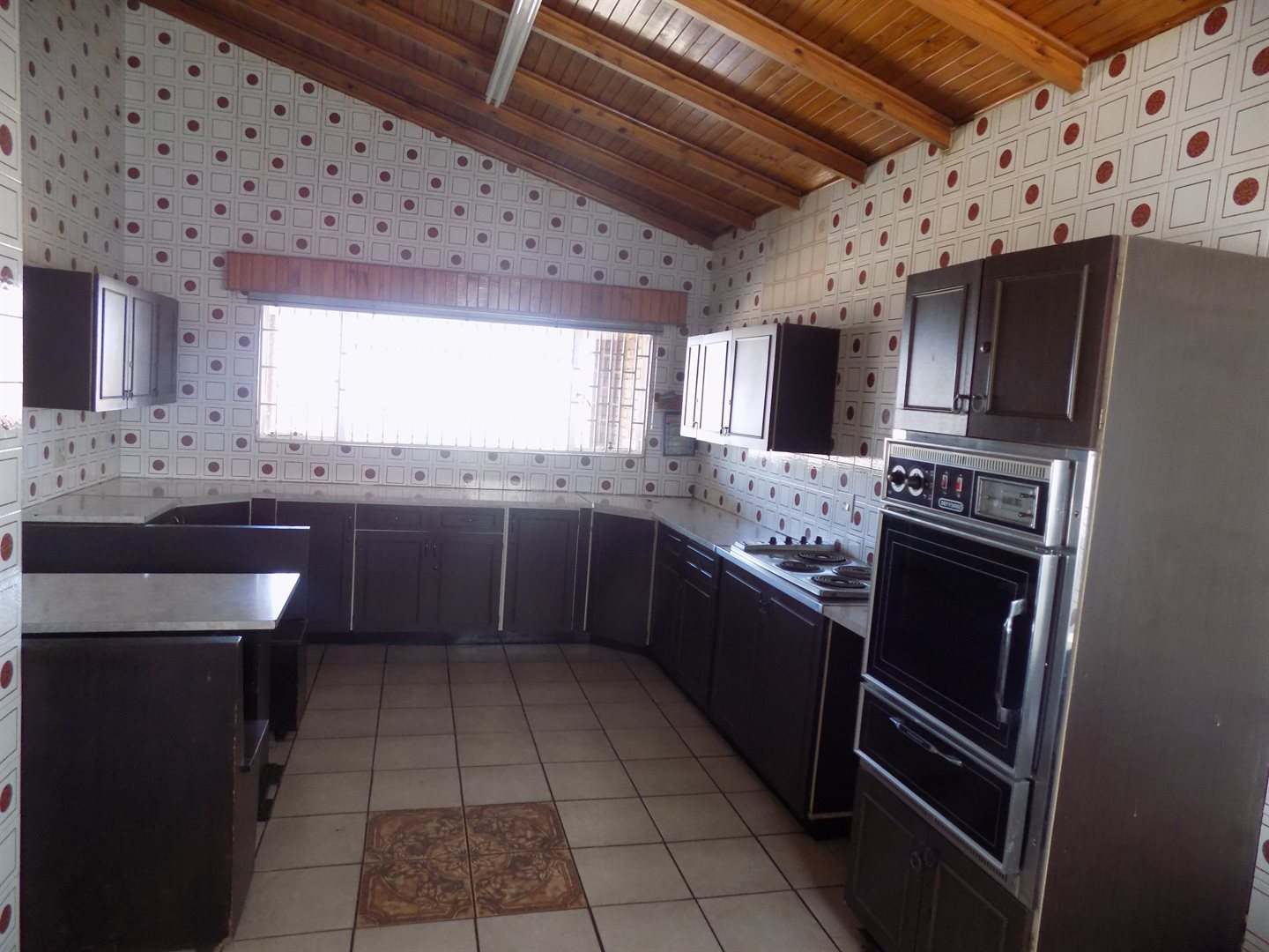 Laudium property for sale. Ref No: 13520957. Picture no 2