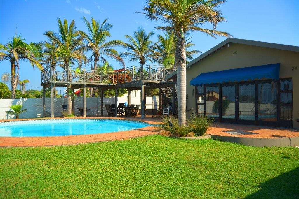 Shelly Beach property for sale. Ref No: 12794927. Picture no 28