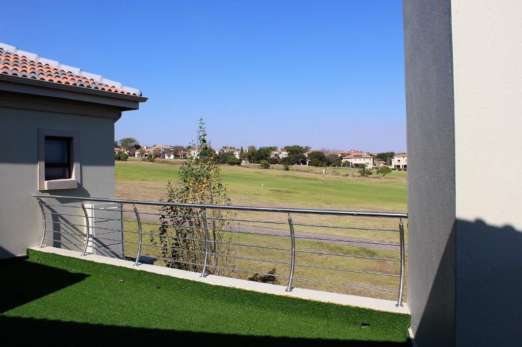 Blue Valley Golf Estate property for sale. Ref No: 13491559. Picture no 29