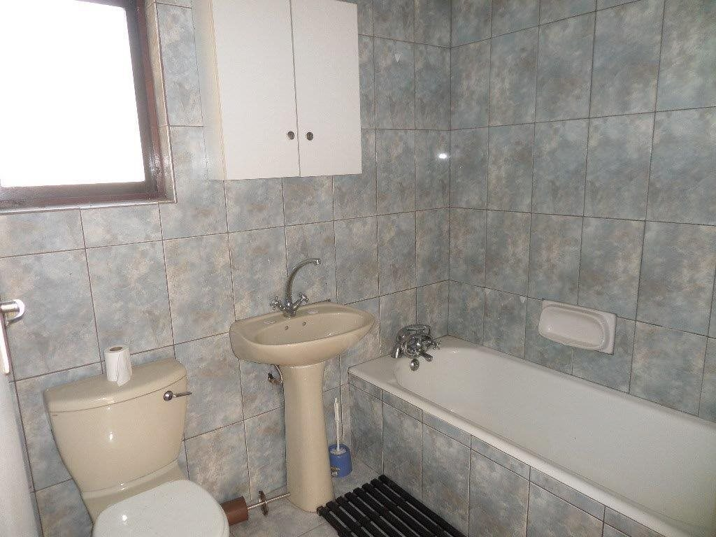 Southport property for sale. Ref No: 13357975. Picture no 7
