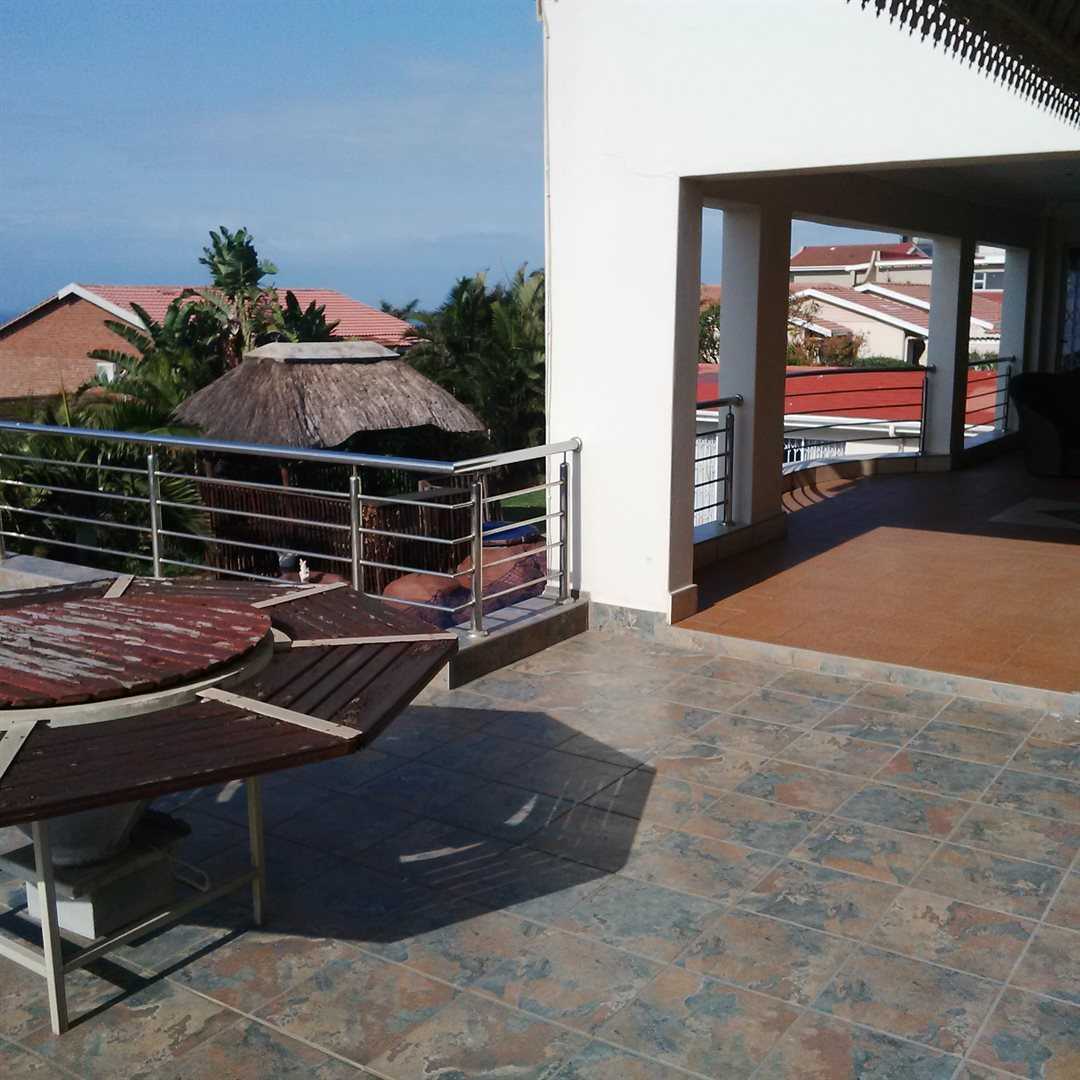 Amanzimtoti property for sale. Ref No: 13521518. Picture no 10
