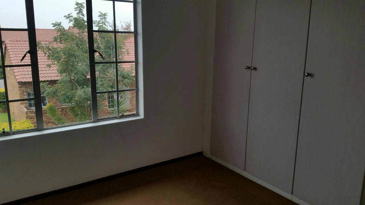 Akasia property for sale. Ref No: 13553054. Picture no 10