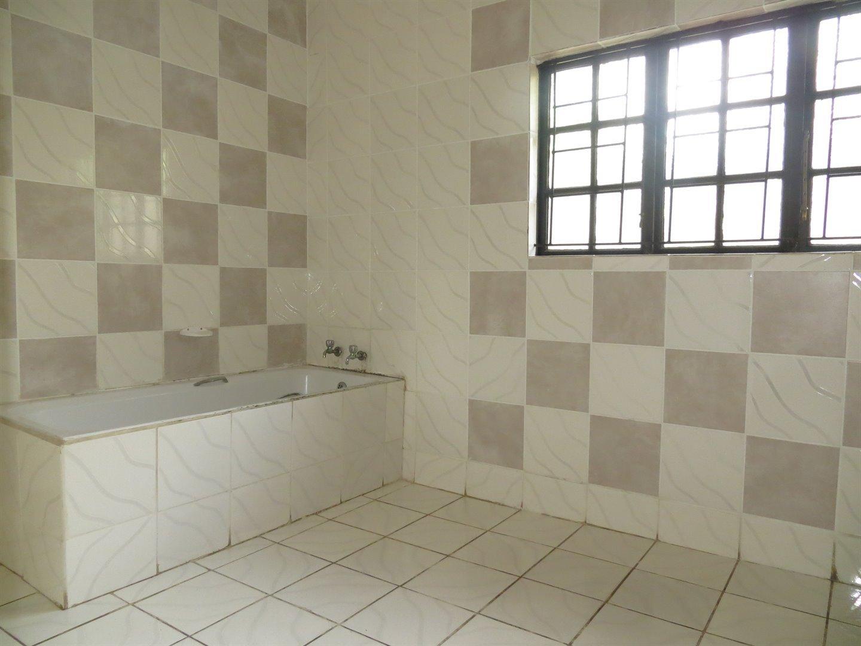 Empangeni Central property for sale. Ref No: 13491565. Picture no 25