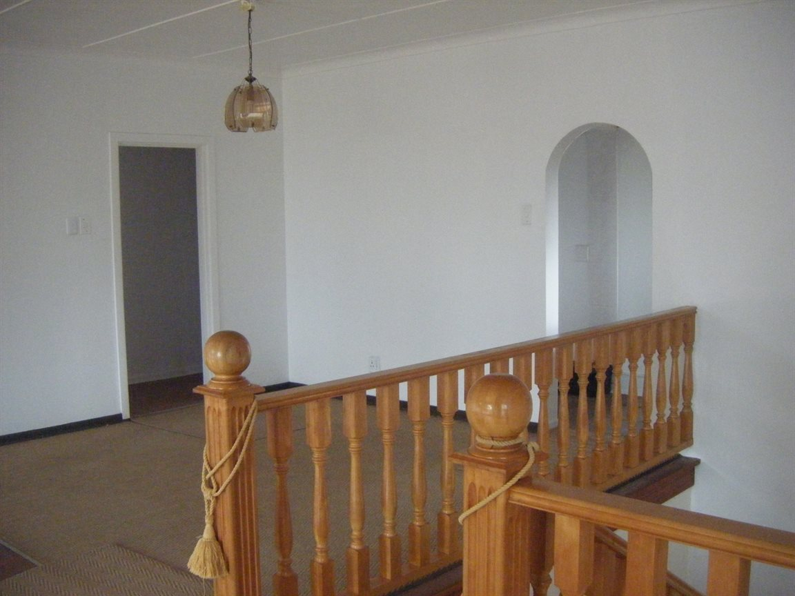 Beacon Bay property for sale. Ref No: 12799080. Picture no 21