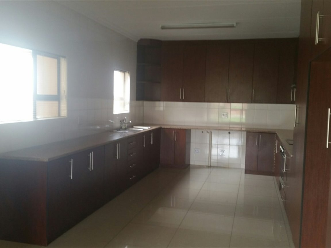 Three Rivers East for sale property. Ref No: 13424413. Picture no 3