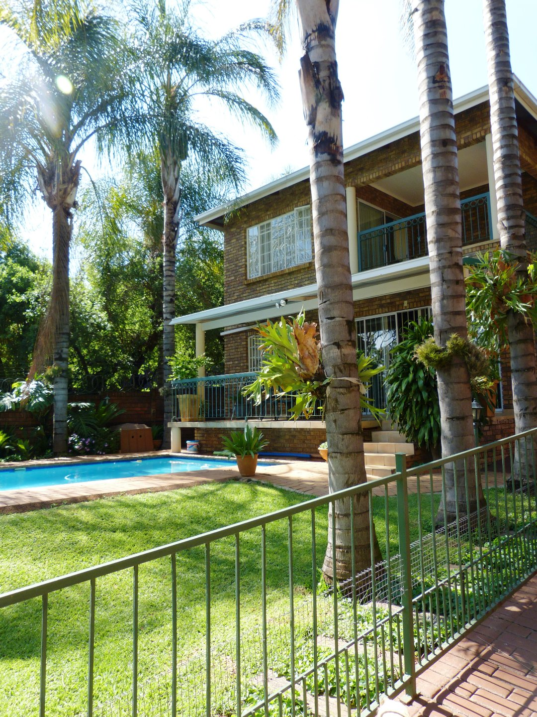 Property and Houses for sale in Capital Park, House, 4 Bedrooms - ZAR 1,685,000