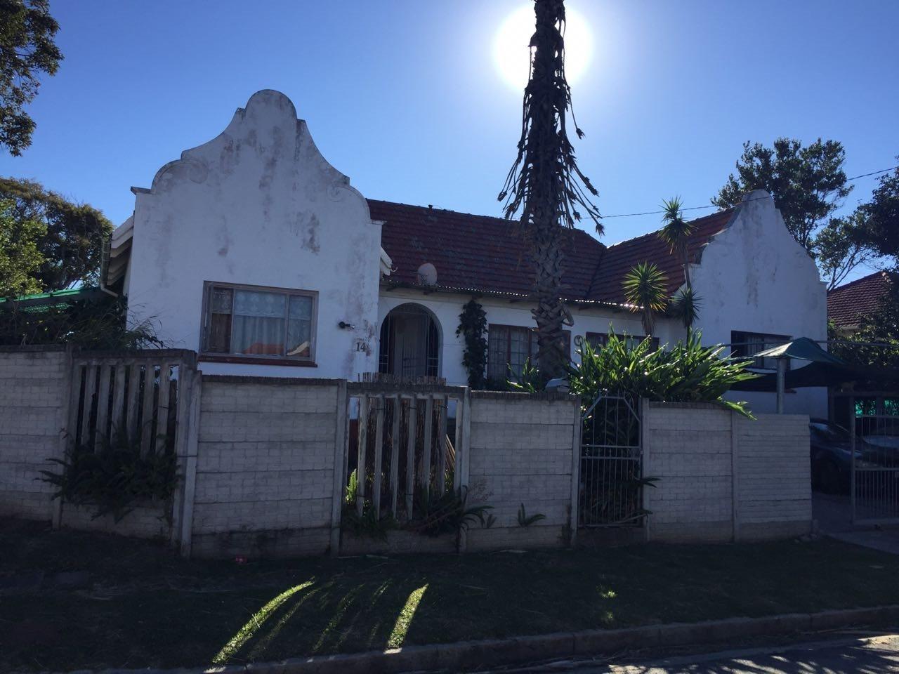 Property for Sale by DLC INC. ATTORNEYS Ernest De La Querra, House, 3 Bedrooms - ZAR 1,550,000