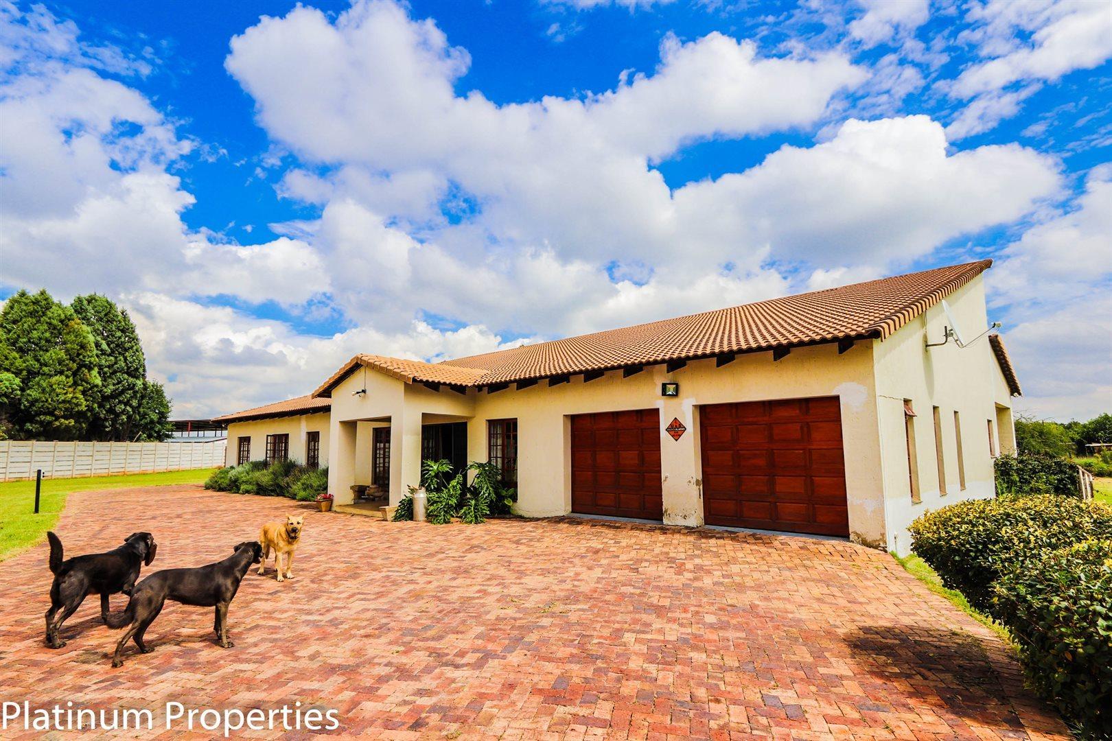 Unitas Park property for sale. Ref No: 13598662. Picture no 7